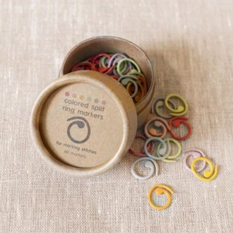 Colored Split Ring Markers fra CocoKnits